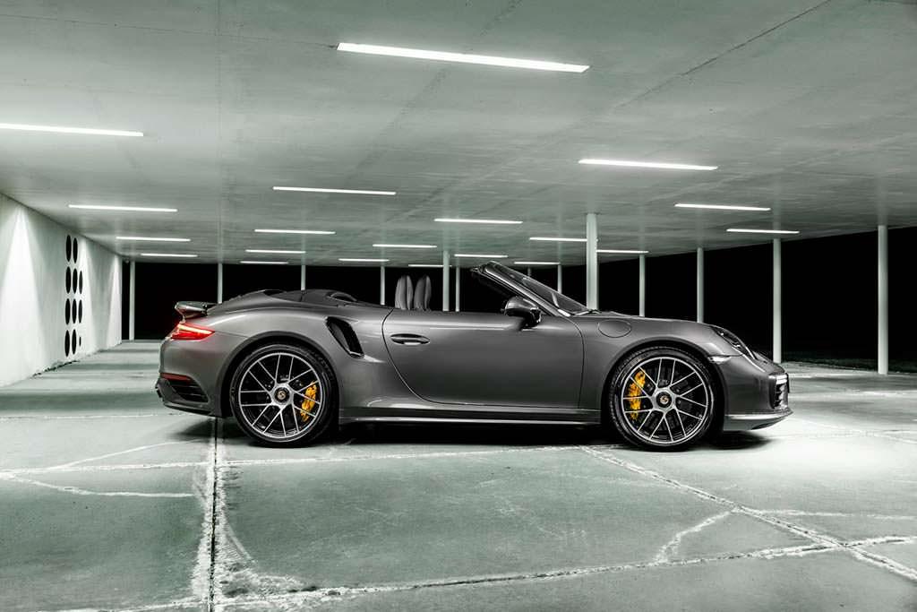 Porsche 911 Turbo S Cabriolet. Тюнинг от O.CT
