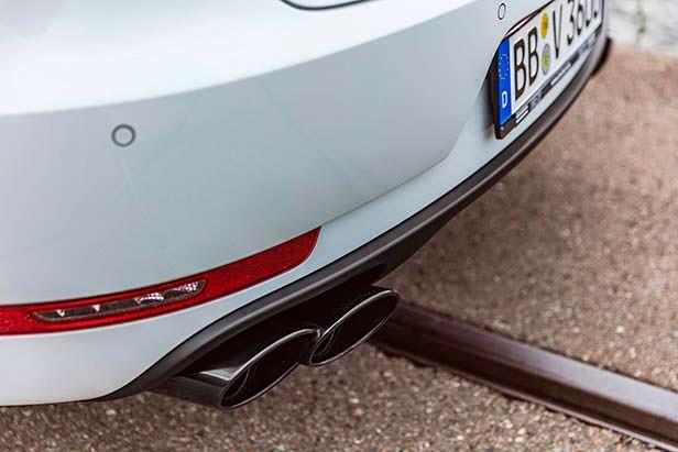 Выхлопные наконечники для Porsche Macan Sport от TechArt