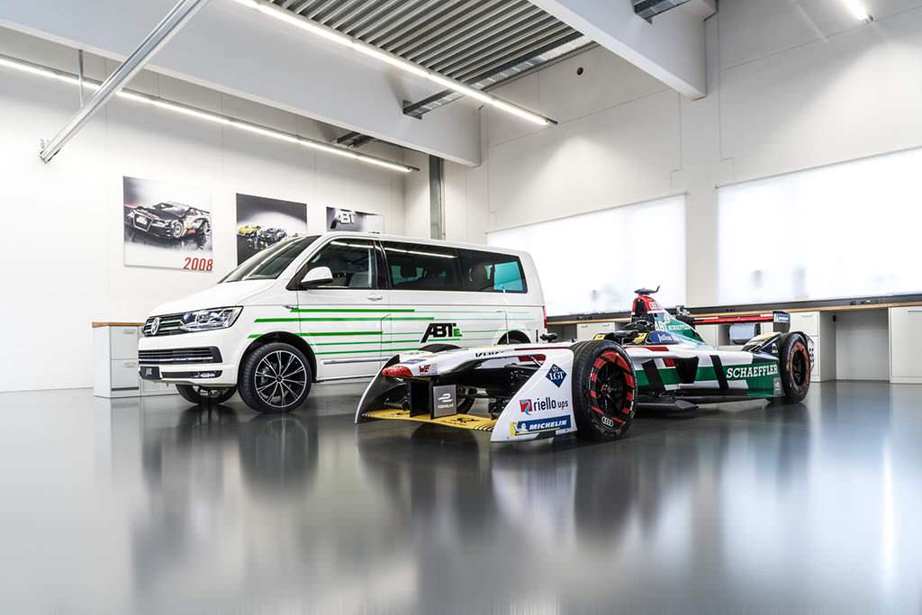 Электромобиль Volkswagen e-Transporter от Audi Formula E
