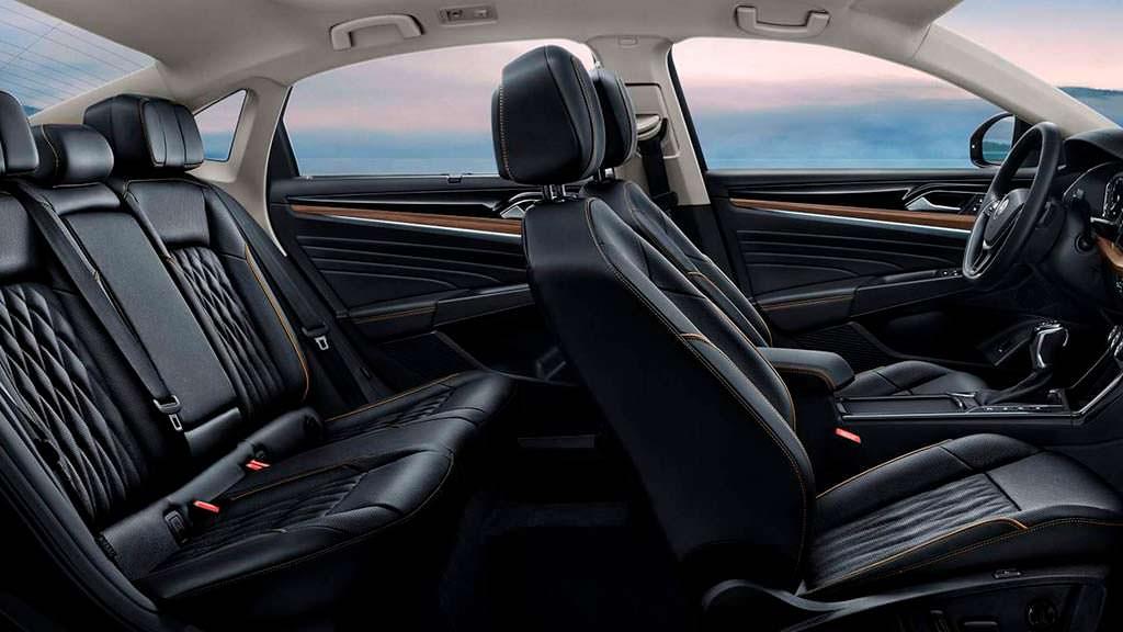 Фото салона Volkswagen Passat для Китая