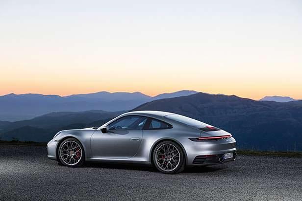 Спорткар Porsche 911 нового поколения