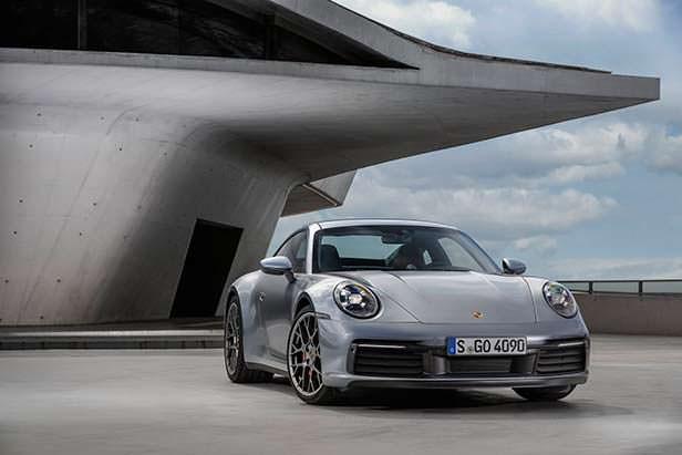 Новый Porsche 911. Модельный год 2020