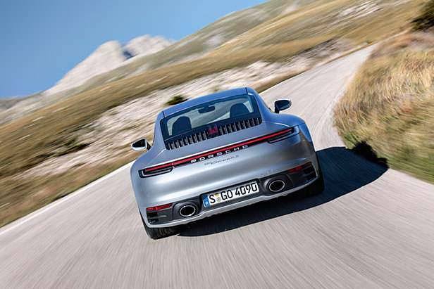 Porsche 911 в кузове 992