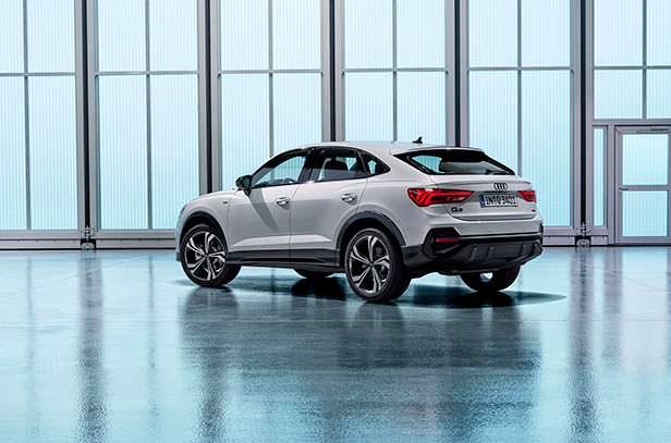 Купе-кроссовер Audi Q3 Sportback