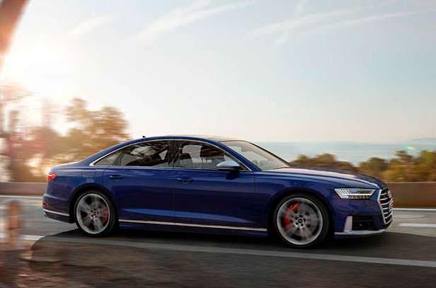 Новое поколение Audi S8