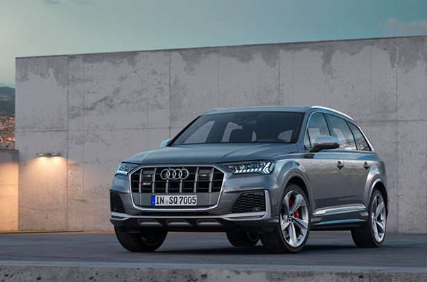 Новая Audi SQ7