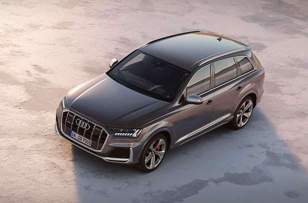 Новый кроссовер Audi SQ7 2020 года