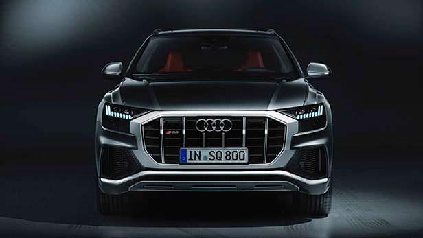 Новая Audi SQ8 2020 года