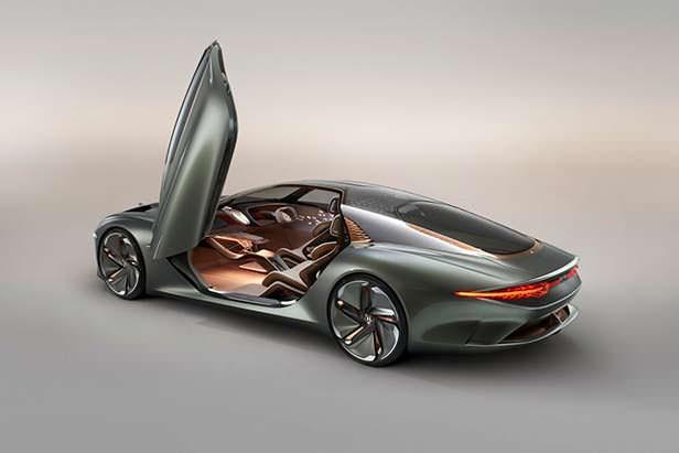 Большое купе Bentley EXP 100 GT