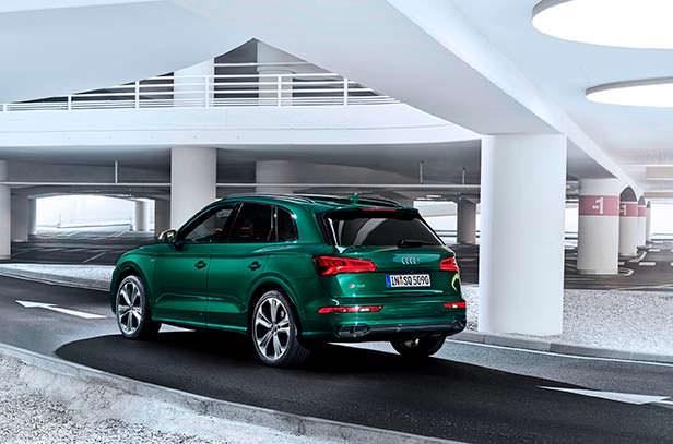 Гибридная Audi SQ5