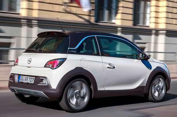 Хэтчбек для бездорожья Opel Adam Rocks