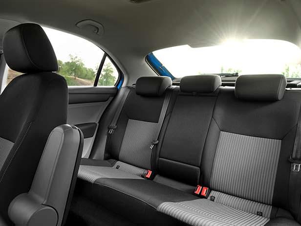 Интерьер SEAT Toledo