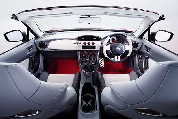 Фото салона Toyota FT-86 Open Concept