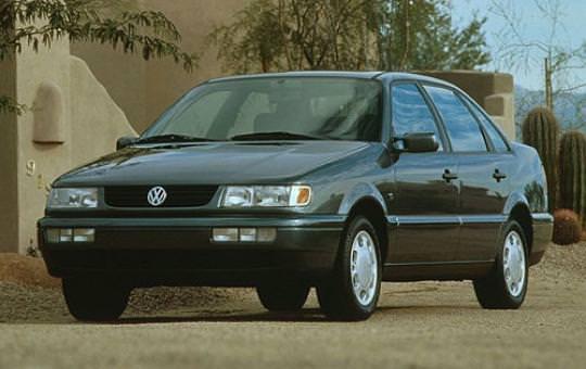 Новый Volkswagen Passat GLS 1995. Цена в США $17 990 (с учётом инфляции $28 665,84)