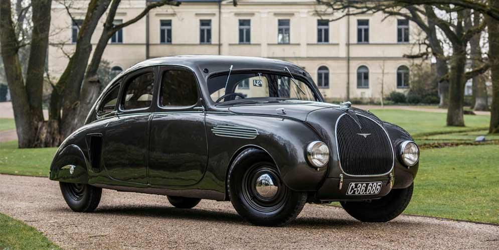 Skoda 935 Dynamic 1935 года — прямиком из Готэм-Сити | фото