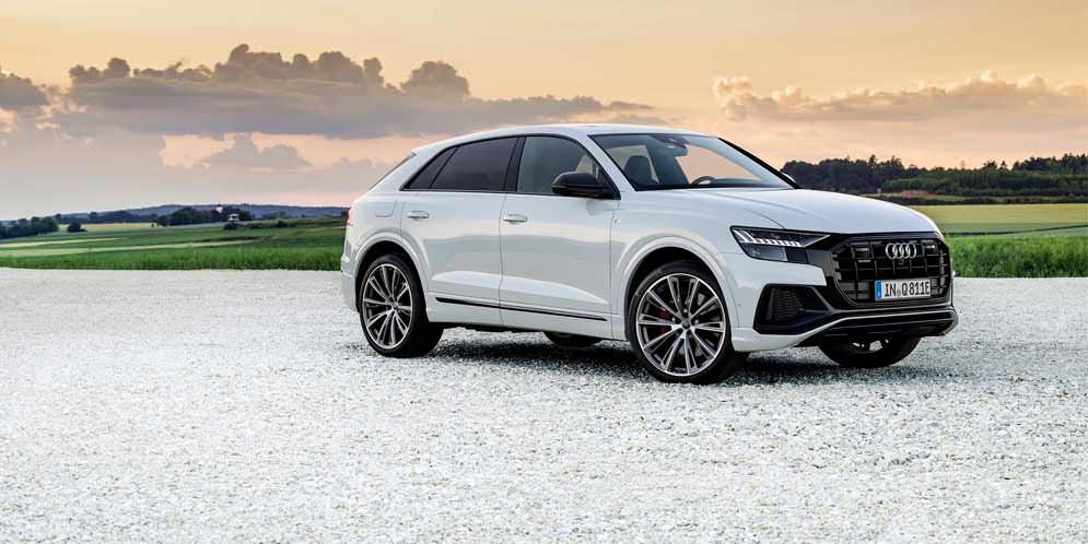 Плагин-гибрид Audi Q8 TFSIe Quattro уже в продаже, цены | фото