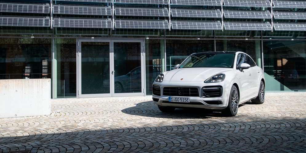 Porsche Cayenne E-Hybrid добавили батарею большей ёмкости