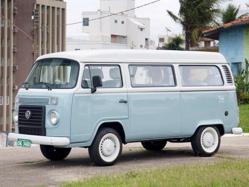 Минивэн Volkswagen Kombi 2013 года