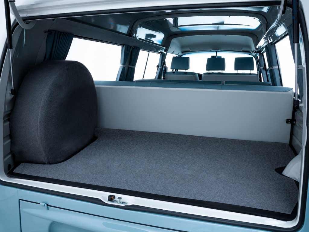 Багажник Volkswagen Kombi Last Edition 2013 года