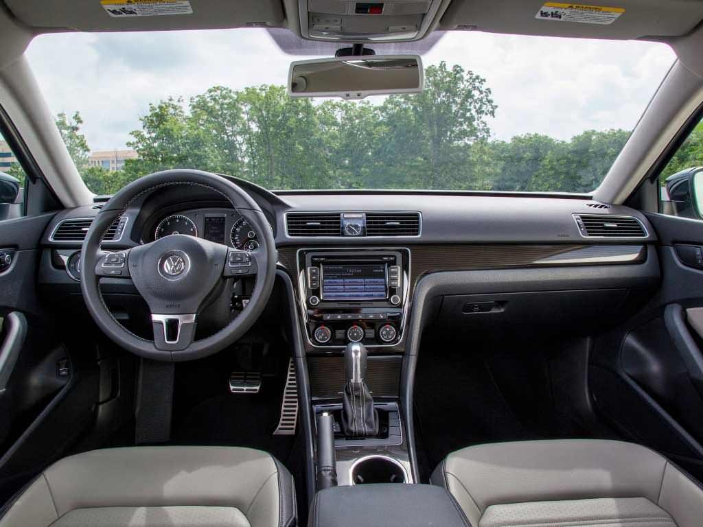 Салон Volkswagen Passat B7 Sport