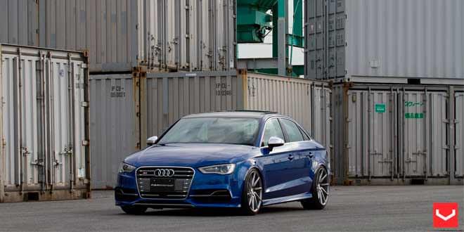 Седан Audi S3 примерил диски Vossen
