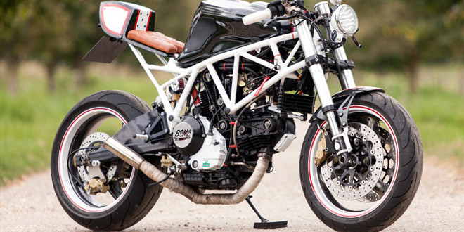 Авторский кафе рейсер Ducati 900ss
