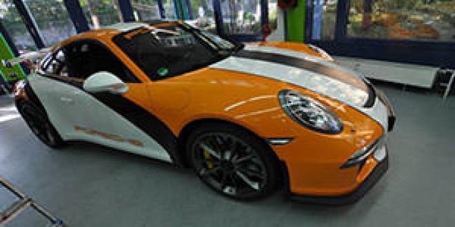 Porsche 991 GT3 в спортивной обклейке от Print Tech