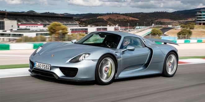 Компания Porsche продала все супергибриды 918 Spyder
