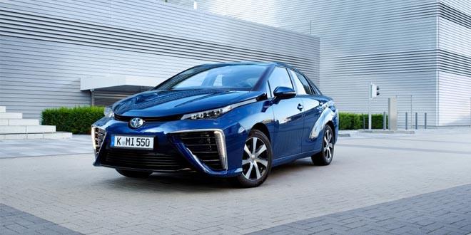 Mirai — первый серийный водородомобиль Toyota