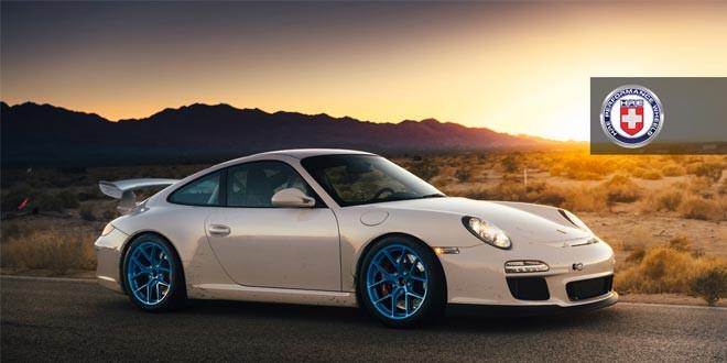 Porsche 911 GT3 на голубых дисках HRE Wheels