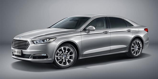 Седан Ford Taurus сменил поколения