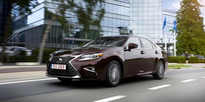 В Китае дебютировал фейслифтовый Lexus ES
