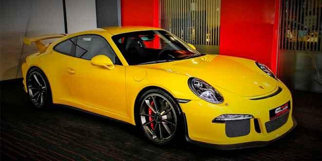 Porsche 991 GT3 у дилера Alain Class Motors