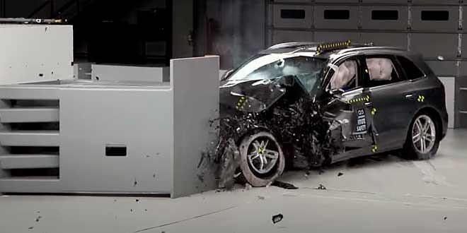 Кроссовер Audi Q5 хорошо справился с краш-тестом IIHS с малым перекрытием