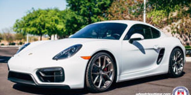 Porsche Cayman GTS позирует на дисках HRE P101