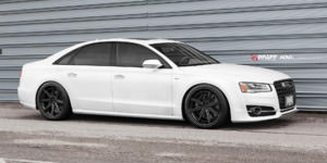 Audi S8 на дисках ADV.1
