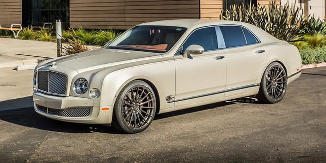 Грациозный Bentley Mulsanne на 22-дюймовых катках ADV.1