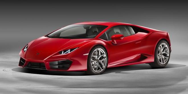 Вышел заднеприводный суперкар Lamborghini Huracan