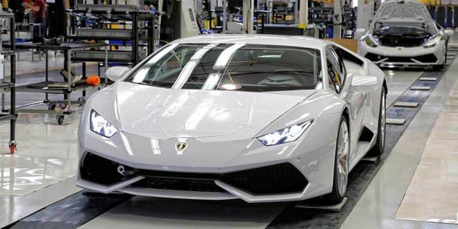 Компания Lamborghini продала за 2015 год 3 245 суперкаров
