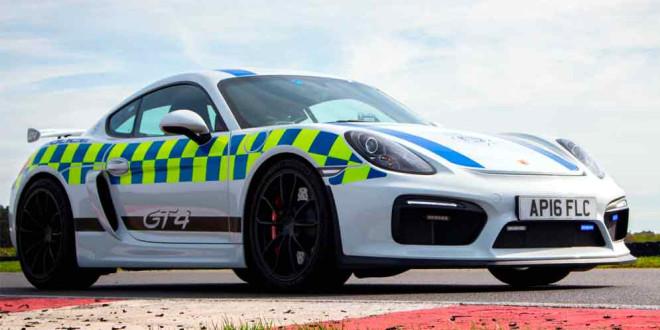 Полицейский Porsche Cayman GT4: не для патрулирования