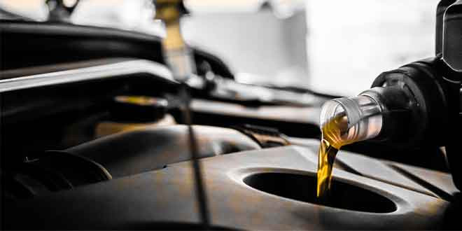 Насколько часто нужно менять моторное масло?