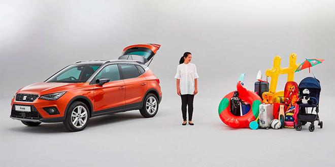 SEAT показал как правильно загружать багажник на примере Arona