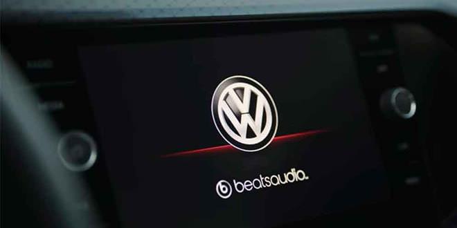 Самый маленький кроссовер VW T-Cross раскрывает дизайн салона