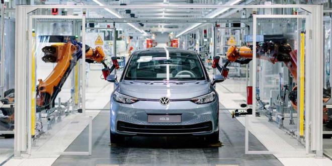 Volkswagen считает что сможет догнать Tesla к 2023 году