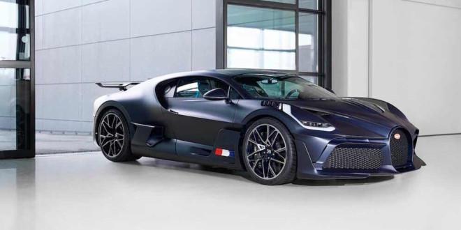 Распаковка Bugatti Divo за $5,4 млн по законам жанра