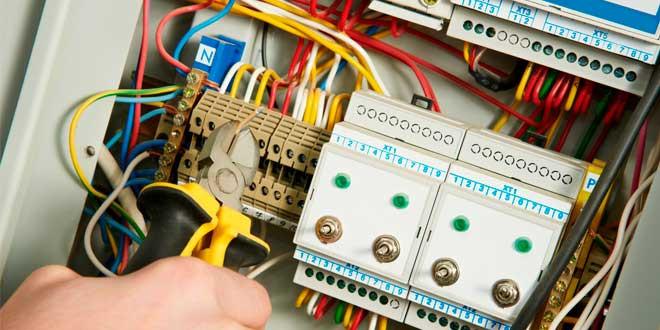 Безопасность электропроводки. Из чего она состоит
