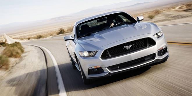 Фото Ford Mustang шестого поколения