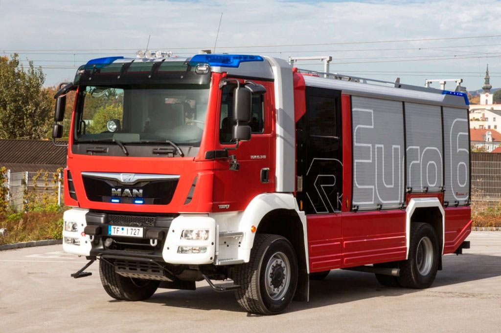 Пожарная машина MAN