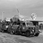Доставка Volkswagen Beetle автопоездом