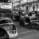 Фото   Кузова Volkswagen Beetle ждут своей очереди